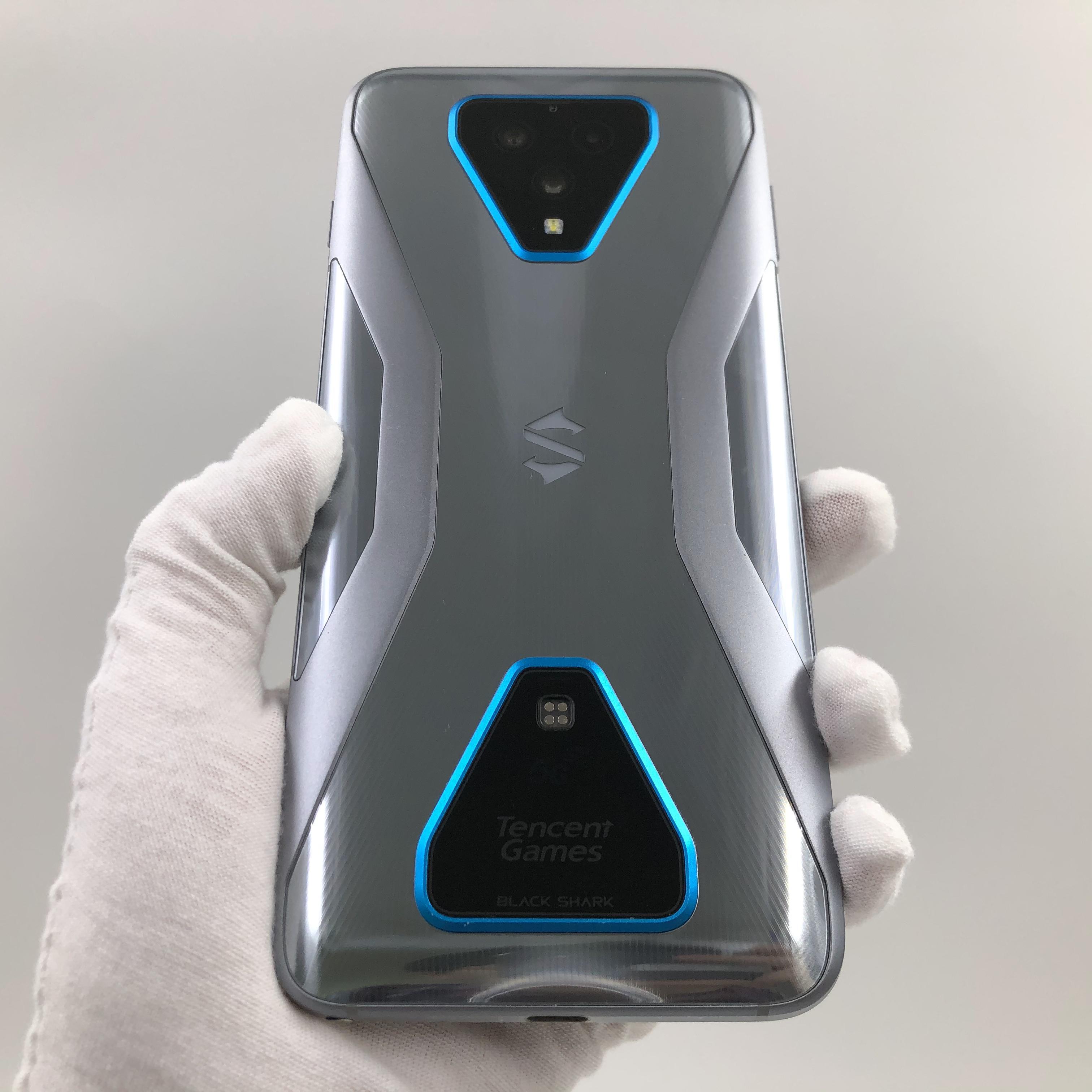 小米【黑鲨 3 Pro 5G】5G全网通 铠甲灰 12G/256G 国行 9成新 真机实拍